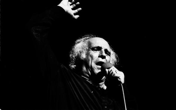 Léo Ferré in concert